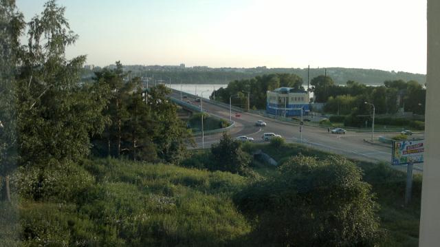 Från hotellet ser jag Volga