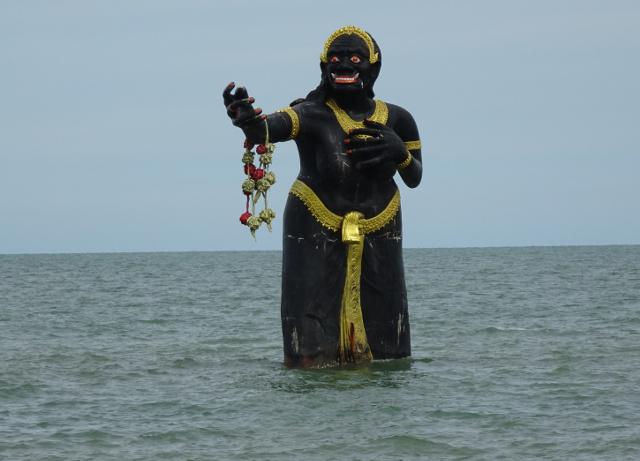 1 - Jätten i havet